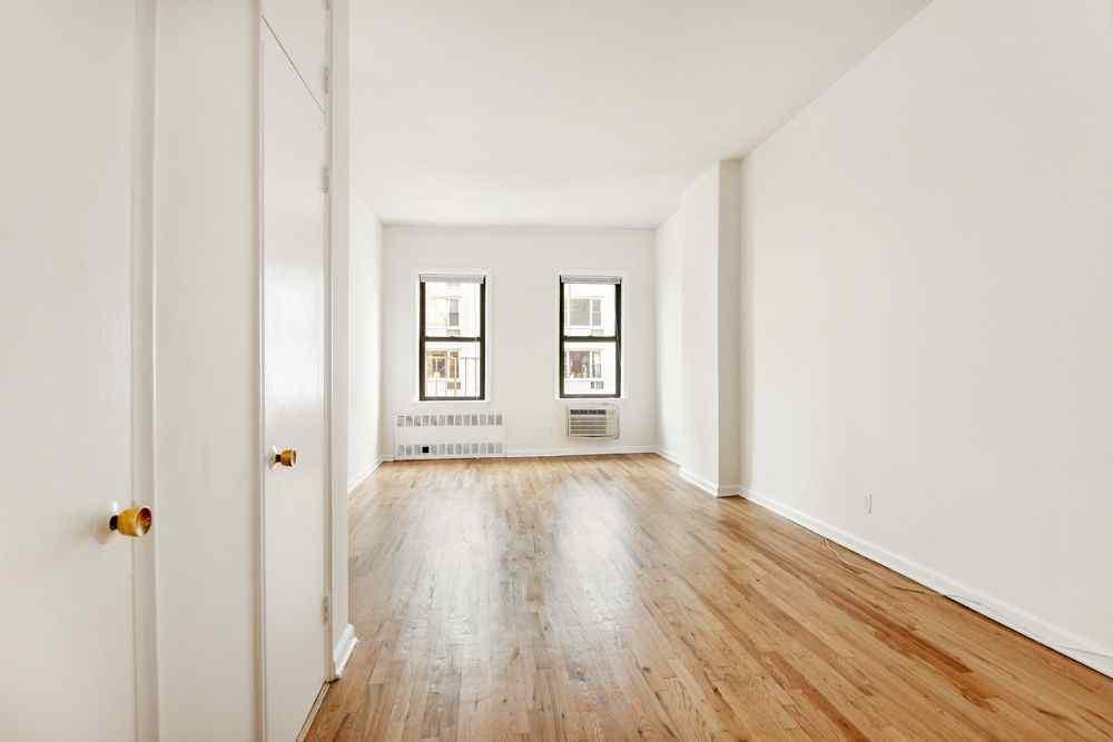 сколько стоит жилье на манхеттене