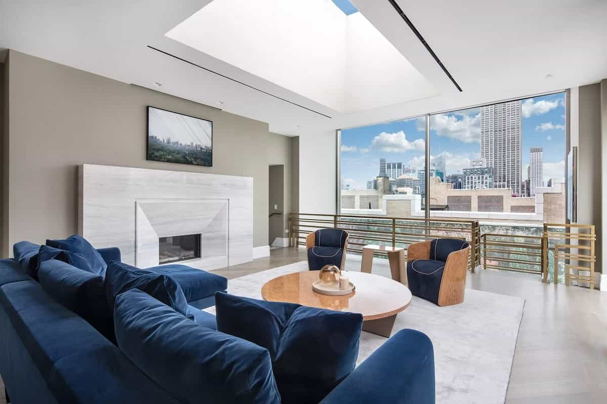 Глава Амазон купил три квартиры в Нью-Йорке за млн