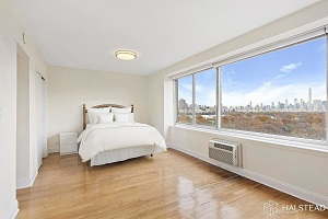 400 Central Park West #18Y